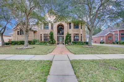 League City Single Family Home For Sale: 307 Oak Hollow Drive