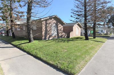 Single Family Home For Sale: 1202 37th Street