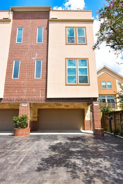 Houston Condo/Townhouse For Sale: 3505 Mosley Court #2