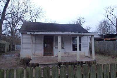 Rosenberg Single Family Home For Sale: 118 6th Street