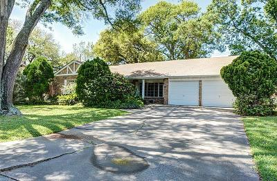 Houston Single Family Home For Sale: 1123 Wisterwood Dr Drive