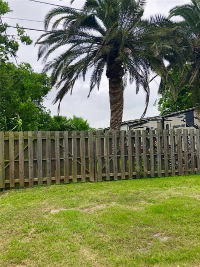 San Leon TX Multi Family Home For Sale: $120,000