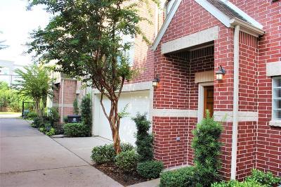 Cottage Grove Single Family Home For Sale: 5838 Larkin Street