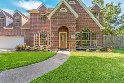 Baytown Single Family Home For Sale: 5975 Cajun Way
