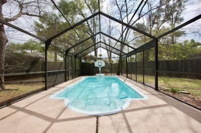Houston Single Family Home For Sale: 9606 Lark Meadow Drive