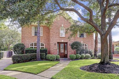 Houston Single Family Home For Sale: 7934 Emerald Bluff Court