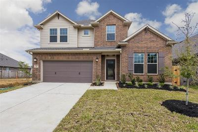 Crosby Single Family Home For Sale: 442 Beach Rose