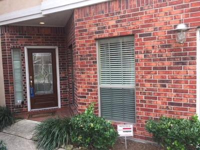 Houston Condo/Townhouse For Sale: 7811 Hanover Mill Lane