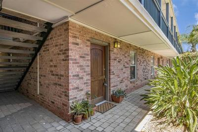 Galveston Condo/Townhouse For Sale: 402 Post Office Street #117