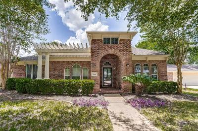 Pearland Single Family Home For Sale: 3106 W Oaks Boulevard
