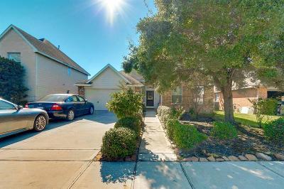 Spring Single Family Home For Sale: 21723 Debray Drive
