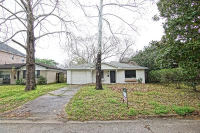 Bellaire Single Family Home For Sale: 4310 Cynthia Street
