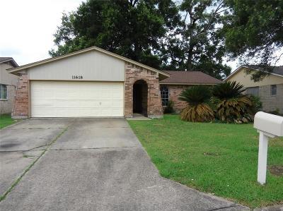 Houston Single Family Home For Sale: 11618 Badgerwood Drive
