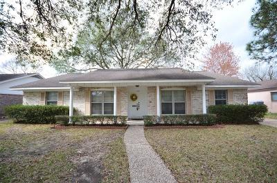Houston Single Family Home For Sale: 10302 Bob White Drive