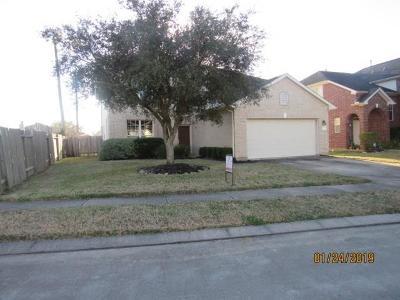 Fresno TX Single Family Home For Sale: $146,000