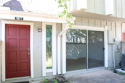 Houston Condo/Townhouse For Sale: 7077 Greenway Chase Street