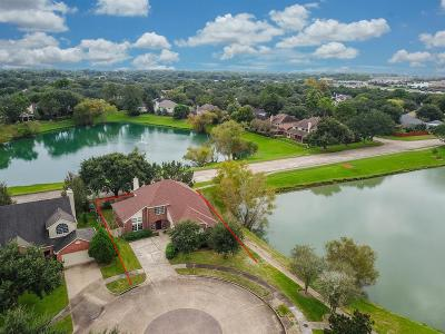 Lake Olympia Single Family Home For Sale: 510 Hawthorn Place