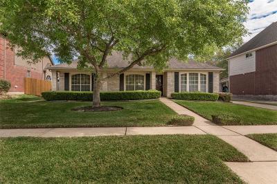Seabrook Single Family Home For Sale: 2730 Carmel Woods Drive