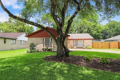 League City Single Family Home For Sale: 320 Bayridge Drive