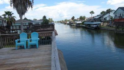 Bayou Vista Single Family Home For Sale: 155 Tarpon Street