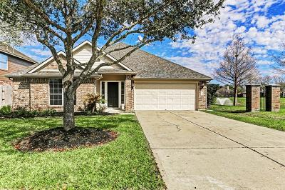 League City Single Family Home For Sale: 308 Magnolia Estates Drive N