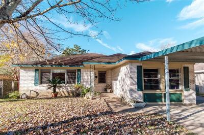 Pasadena Single Family Home For Sale: 1202 Rebecca Drive