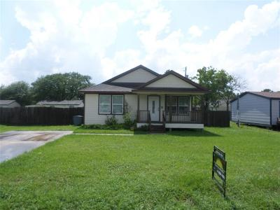 Alvin Single Family Home For Sale: 19032 County Rd 669e