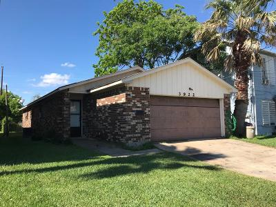 Galveston Single Family Home For Sale: 3922 Avenue N