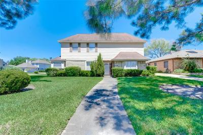 Stafford Single Family Home For Sale: 3311 S Sutton Square