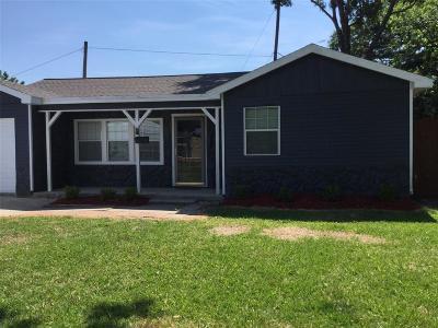 Pasadena Single Family Home For Sale: 1709 San Jacinto Drive