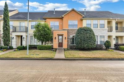 Houston Condo/Townhouse For Sale: 2023 Spring Cedar Lane