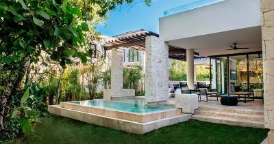 Single Family Home For Sale: 702 Riviera Maya #702
