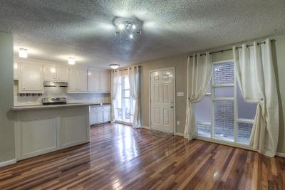 Houston Condo/Townhouse For Sale: 3502 Burlington Street #3