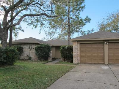 Webster Single Family Home For Sale: 17507 Heritage Cove Drive