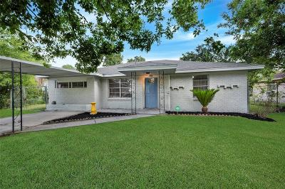 Houston Single Family Home For Sale: 2630 De Soto Street