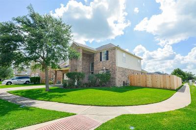 Manvel Single Family Home For Sale: 2 Palomar Drive