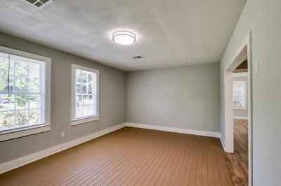 La Marque Single Family Home For Sale: 3901 McKinney Extension