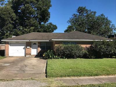 Deer Park Single Family Home For Sale: 2001 Kingsdale Drive