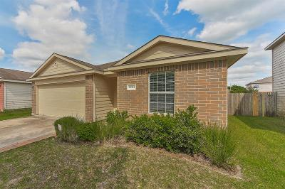 Spring Single Family Home For Sale: 28922 Village Creek Loop
