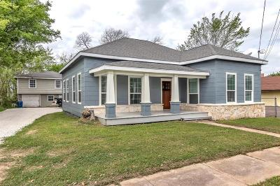Navasota Single Family Home For Sale: 418 S La Salle Street