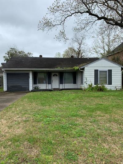 Bellaire Single Family Home For Sale: 7309 S Rice Avenue