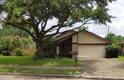 Houston Single Family Home For Sale: 11306 Chiselhurst Way Court