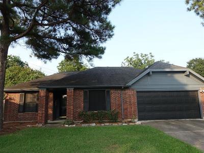La Porte Single Family Home For Sale: 10917 Linwood Court
