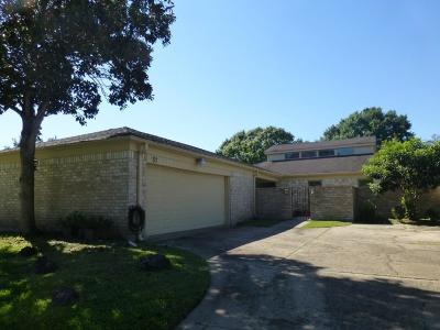 Sugar Land Single Family Home For Sale: 51 Bendwood Drive