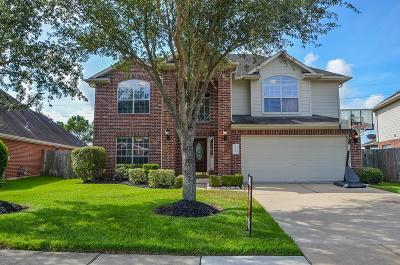 Pearland Single Family Home For Sale: 11604 Cross Spring