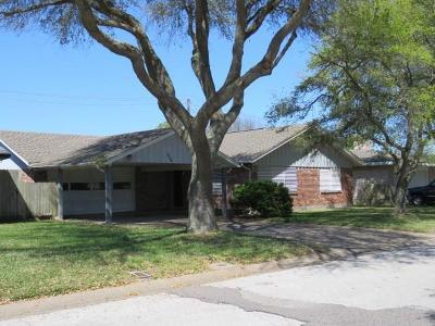 Galveston County, Harris County Single Family Home For Sale: 220 Tuna Avenue