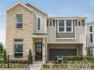 Houston Single Family Home For Sale: 10407 Quiet Courtyard Road