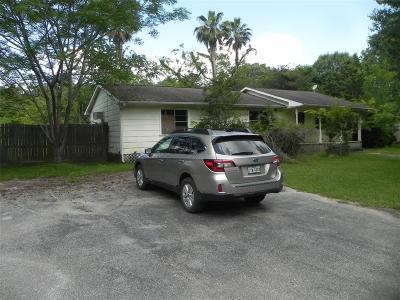 Huffman Single Family Home For Sale: 27603 Thomas Rd