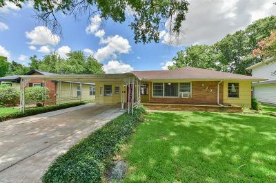 Deer Park Single Family Home For Sale: 222 Maxie Street