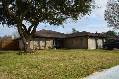 La Porte Single Family Home For Sale: 3801 Aspen Drive